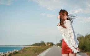 Картинка девушка, лицо, ветер, модель, волосы