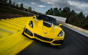 Обои Corvette, Chevrolet, ZR1, Race, Yellow