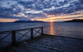 Картинка море, облака, закат, горы, причал, Норвегия
