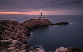Картинка море, закат, камни, скалы, побережье, маяк, горизонт, залив, Испания