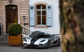 Картинка Koenigsegg, house, tree, One1