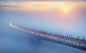 Картинка мост, туман, Солнце, трафик, bridge, sun, fog, traffic, Ales Komovec