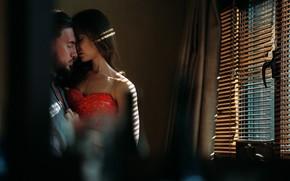 Картинка игры, романтика, поцелуй, влюблённые, сексуальное платье, в отеле