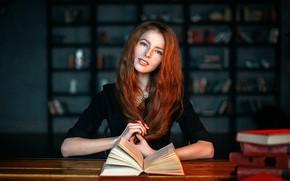 Картинка girl, photo, photographer, blue eyes, model, bokeh, lips, face, redhead, table, books, shirt, portrait, mouth, …