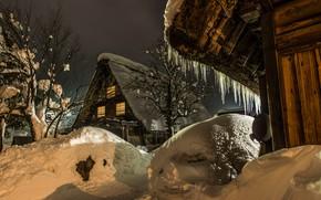 Картинка зима, снег, деревья, пейзаж, природа, отражение, село, дома, вечер, сосульки, Япония, освещение, сугробы, Сиракава-го, Shirakawa-go