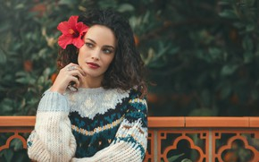 Картинка цветок, макияж, губки, свитер, Isabel Corpas