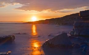 Картинка море, солнце, пейзаж, закат, скалы, берег