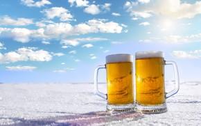 Картинка зима, небо, пена, солнце, облака, снег, пейзаж, пиво, горизонт, кружки