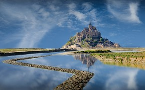 Картинка дорога, озеро, замок, Крепость Мон-Сен-Мишель (Франция)
