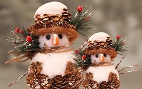 Картинка зима, снег, ветки, ягоды, праздник, игрушка, игрушки, Рождество, Новый год, снеговики, снеговик, шляпка, парочка, хвоя, …