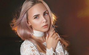 Картинка взгляд, девушка, лицо, фон, волосы, рука, портрет, блондинка, Alexander Drobkov-Light, Анастасия Макаренко