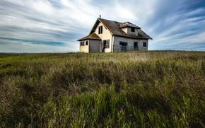 Картинка поле, небо, дом