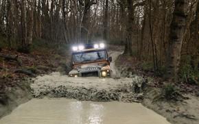 Картинка вода, грязь, внедорожник, Land Rover, Defender, канава, V8, 5.0 л., 2021, Works V8 Trophy, 405 …
