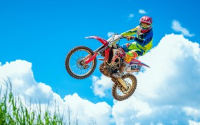 Картинка небо, прыжок, мотоцикл, полёт, мотокросс, Honda