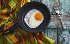 Картинка доски, яйцо, вилка, скатерть, глазунья, сковорода