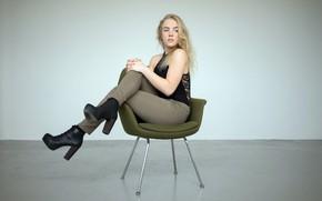 Картинка девушка, стул, Flora