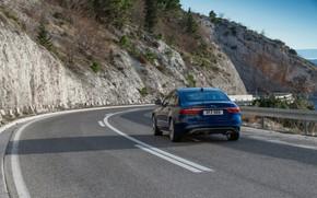 Картинка дорога, горы, разметка, растительность, Jaguar, склон, сзади, седан, Jaguar XF, 2020, XF