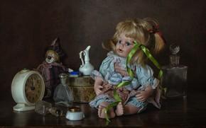 Картинка пузырьки, стиль, игрушки, часы, кукла, клоун, будильник, флаконы