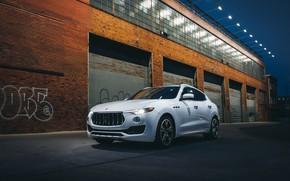 Картинка Белый, Гаражи, Кроссовер, Maserati Levante S