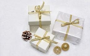 Картинка зима, шарики, снег, праздник, шары, игрушки, Рождество, подарки, три, белый фон, Новый год, белые, бантики, …