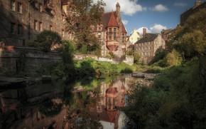 Картинка трава, деревья, город, отражение, дома, Шотландия, кусты, Эдинбург, речушка