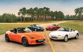 Картинка Mazda, MX-5, на дороге, родстеры, четыре поколения (NA-NB-NC-ND)