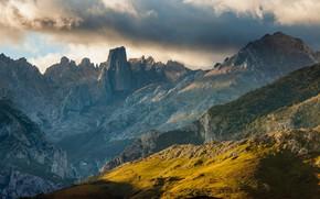 Картинка небо, облака, деревья, закат, горы, природа, скалы, Испания, Picos de Europa