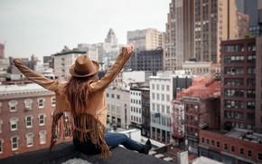 Картинка девушка, город, поза, настроение, здания, Нью-Йорк, шляпа, руки, куртка, Sergei Goncharov