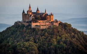 Картинка пейзаж, природа, замок, гора, Германия, леса, Гогенцоллерн, Hohenzollern, башенки