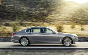Картинка дорога, машина, асфальт, разметка, холмы, фонари, BMW 7 Series, G12, G11, facelift, 750 Li