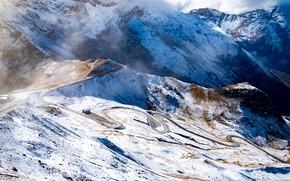 Картинка дорога, облака, снег, горы, дом, высота, домик