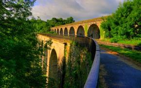 Обои зелень, солнце, деревья, мост, Англия, строение, Shropshire, Chirk Bank