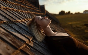 Картинка крыша, грудь, девушка, веснушки, профиль, на крыше, Aleks Five