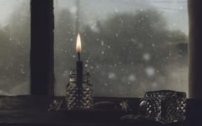 Картинка мрак, свеча, окно
