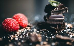 Картинка малина, фон, черный, шоколад, плитки шоколада