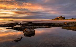 Картинка море, свет, закат, камни, замок, берег, водоем