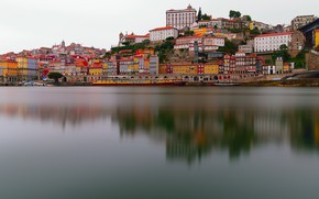 Картинка пейзаж, река, дома, лодки, Португалия, набережная, причалы, Порту