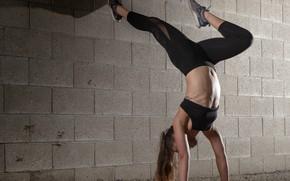 Картинка wall, woman, fitness, flexibility