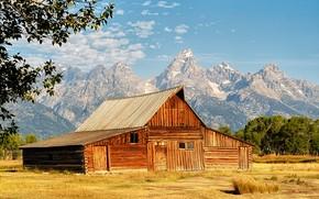 Картинка поле, горы, дом, домик, США, национальный парк, Гранд-Титон