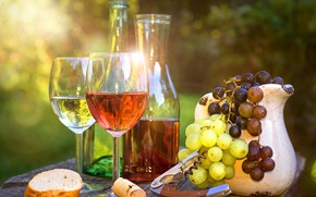 Картинка блики, вино, бокалы, виноград