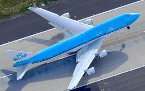 Картинка Самолет, Лайнер, Boeing, Взлет, ВПП, Авиалайнер, KLM, Пассажирский самолёт, Boeing 747-400, Механизация крыла, Royal Dutch …