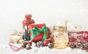 Картинка зима, снег, праздник, лампа, Новый Год, Рождество, конфеты, лента, подарки, Christmas, Wood, Snow, Vintage, декор, …