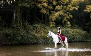 Картинка девушка, река, конь, Beidy Franco
