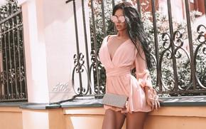 Картинка girl, dress, legs, photo, photographer, model, brunette, necklace, portrait, minidress, sunglases, Andrew Morozow