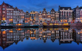 Картинка ночь, огни, река, дома, Амстердам, Нидерланды