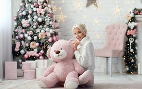 Картинка девушка, настроение, медведь, Новый год, ёлка, свитер, плюшевый мишка, Dmitry Arhar, Катерина Ширяева