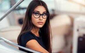 Картинка взгляд, поза, модель, портрет, макияж, очки, прическа, шатенка, красотка, в черном, боке, Alessandro Di Cicco