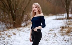 Картинка фигура, зима, прическа, модель, майка, макияж, джинсы, Игорь Куприянов, взгляд, Ольга Владимирова, на природе, секси, …