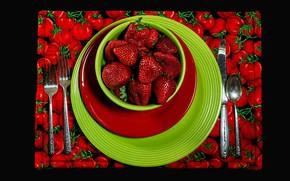 Картинка красный, зеленый, ягоды, еда, клубника, ложка, нож, тарелки, миска, вилка, черный фон, помидоры, томаты, салфетка, …