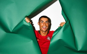 Картинка Cristiano Ronaldo, футболист, цветная бумага